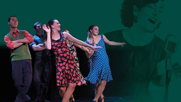 Darrah Carr Dance. Darrah (center)